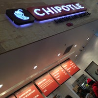 Photo taken at Chipotle Mexican Grill by Aّmoُon on 3/10/2013