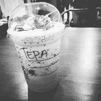 Photo taken at Starbucks by Stevvei P. on 7/4/2015