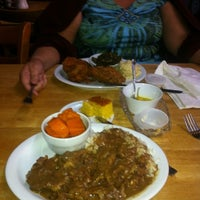Photo taken at House Of Soul Restaurant by Vino L. on 9/23/2012