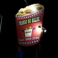 Photo taken at Frango no Balde by Rafael F. on 11/27/2012