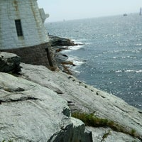 Photo taken at Castle Hill Lighthouse by Grimm on 8/12/2016