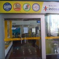 Photo taken at Galeri Indosat by Irone H. on 2/7/2013