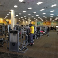 Photo taken at LA Fitness Signature Club by Peter S. on 12/1/2012