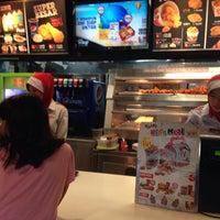 Photo taken at KFC by Chloe T. on 11/6/2016