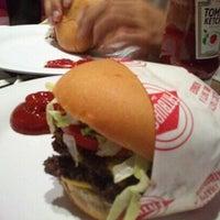 Photo taken at Fat Burger by Sara ♒. on 4/12/2013