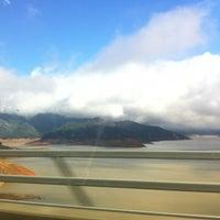 Photo taken at Pit River Bridge (VFW Memorial Bridge) by fuzzzzzz on 12/24/2014