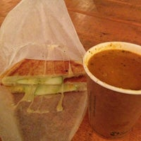 Photo taken at Soup Peddler Real Food & Juice Bar by Andrea S. on 12/16/2012