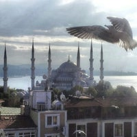 Photo taken at Mina Boutique Hotel Istanbul by وائل الدغفق ر. on 10/25/2012
