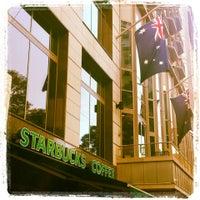 Photo taken at Starbucks by Jimena Sobarzo L. on 5/13/2013