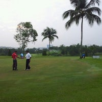 Photo taken at Danau Golf Club by fadzly j. on 9/22/2012