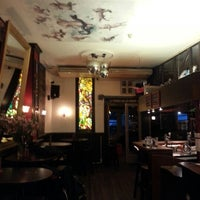 Photo taken at The Flying Pig Downtown Hostel by Yashas M. on 9/25/2012