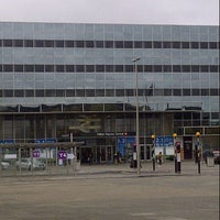 Photo taken at Milton Keynes Central Railway Station (MKC) by Lee R. on 11/17/2012