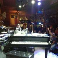 Photo taken at Pete's Dueling Piano Bar by Scott C. on 3/11/2013