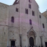 Photo taken at Basilica di San Nicola by Cezary K. on 5/5/2013