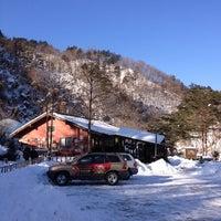 Photo taken at 커피커퍼 왕산 커피농장 by Shin D. on 1/26/2013