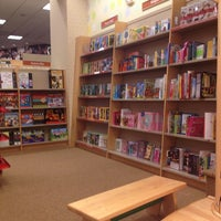 Photo taken at Barnes & Noble by Lorette L. on 6/18/2013