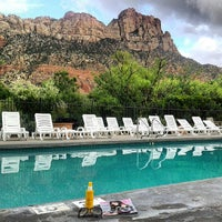 Photo taken at Best Western Zion Park Inn by Missfashion75 on 9/11/2013