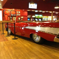 Photo taken at Fuddruckers by Bood .. on 6/20/2013