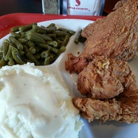 Photo taken at Bubba's Cooks Country by Steve K. on 9/18/2012