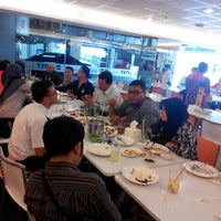 Photo taken at D'Cost Seafood by Jasier G. on 1/9/2014