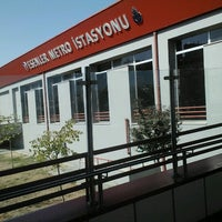 Photo taken at Esenler Metro İstasyonu by Aa on 9/16/2012