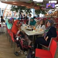 Photo taken at Food Court Margo City by Kenshin Inulyasha H. on 5/3/2016