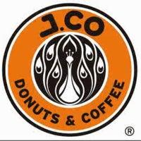 Photo taken at J.Co Donuts & Coffee by Riyan H. on 12/28/2012