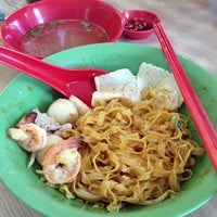 Photo taken at 132 Traditional Teochew Noodle by Evan L. on 9/19/2013