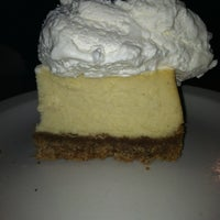 Photo taken at Tahoe Joe's Famous Steakhouse by Emily B. on 9/23/2012