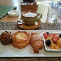 Photo taken at Palm Terrace Restaurant, Island Hotel by Sophia S. on 10/13/2012