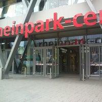 Das Foto wurde bei Rheinpark-Center von Chris f. am 9/20/2013 aufgenommen