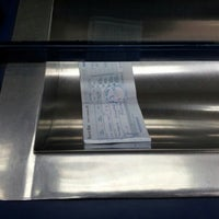 Das Foto wurde bei Banco De Chile von Carlos I. am 10/9/2012 aufgenommen
