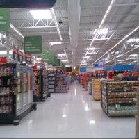 Photo taken at Walmart Supercenter by Steven Z. on 10/21/2012