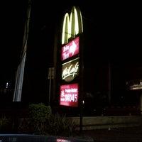 Photo taken at McDonald's / McCafé by Ashraf A. on 12/10/2012