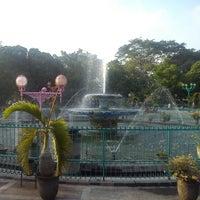 Photo taken at Alun-Alun Kota Malang by Fahmi A. on 11/14/2012
