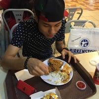 Photo taken at KFC by Ahmad Farouk on 8/3/2015