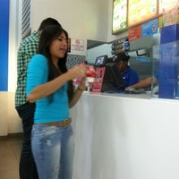 Photo taken at Dairy Queen by Héctor B. on 8/8/2013