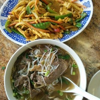 Photo taken at Phở 88 Vietnamese Restaurant by Konstantinos P. on 6/19/2014