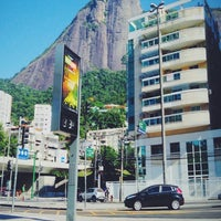 Photo taken at Che Lagarto Suites Copacabana by Michel R. on 1/25/2014