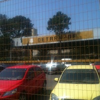 Photo taken at DETRAN/DF - Departamento de Trânsito do Distrito Federal by Sady F. on 9/27/2012