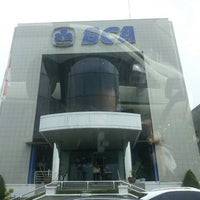 Photo taken at KCU. Bank Central Asia (BCA), Kalimalang by Gowes A. on 11/4/2013