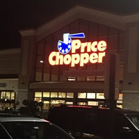 Photo taken at Price Chopper by Janice D. on 11/21/2016