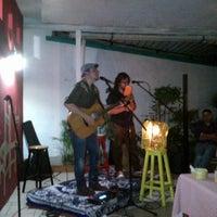 Photo taken at Las Pizzas del Bor by Ireneo H. on 9/29/2012