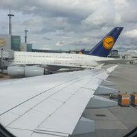 Photo taken at Lufthansa Flight LH 720 by peter o. on 4/16/2016