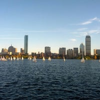 Photo taken at Charles River by Serhat Ç. on 10/18/2012