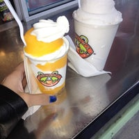 Photo taken at Jeremiah's Italian Ice by Lizzii L. on 10/29/2012