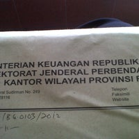 Photo taken at Kanwil DJPB Riau by Safinda Y. on 8/8/2012