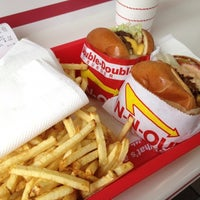 Photo taken at In-N-Out Burger by Meredith S. on 7/22/2012