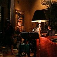Photo taken at Hotel De Anza by Miwa on 1/22/2011