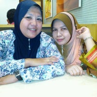 Photo taken at A&W by suhaida y. on 9/26/2011